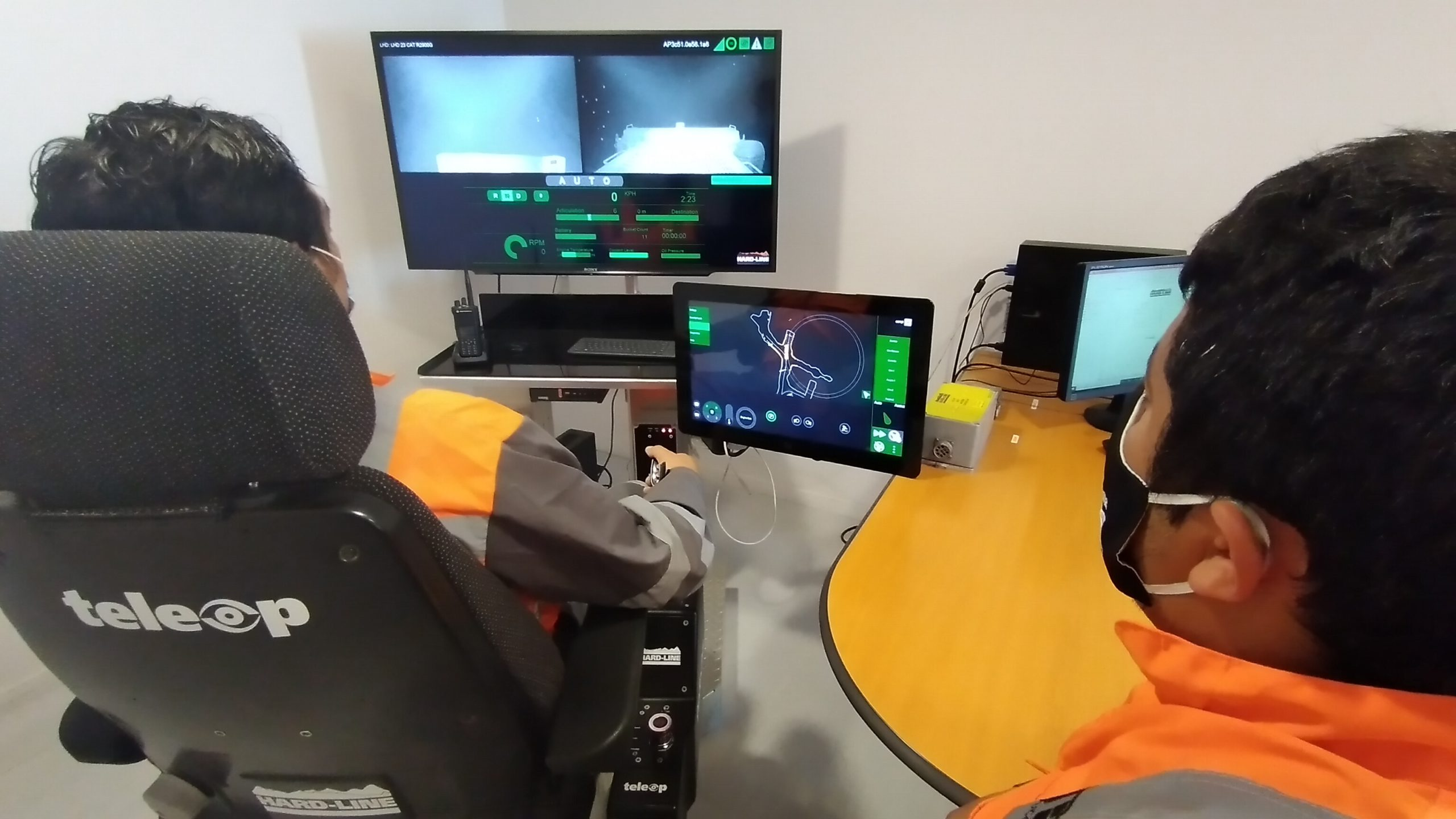 Pucobre Team Operating with TeleOp